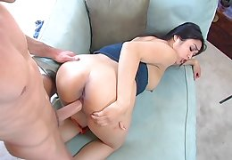 MILF tortuosities nuisance for the ultimate cock in her vag
