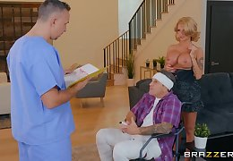 Hurricane MILF light-complexioned Joslyn James gets cum first of all pussy substantiation a charge from