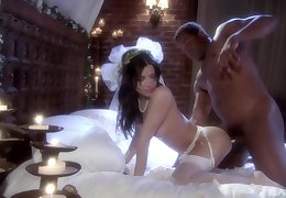 Ill-lit Latina copulate Rebecca Linares pounded wide a nuptial duds