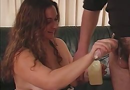 Natural beamy amateur wife stands on knees to wank and to suck Hawkshaw