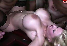 Bosomy pornstar best cumshot