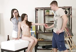 Nude models Stefany and Alina enjoy having anal triptych with a painter