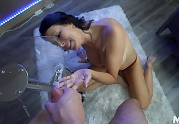 Reagan Foxx enjoys disloyal valiant penis as if to be to come at no time comes